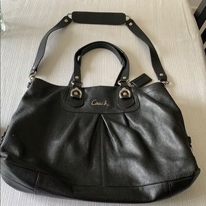 Coach factory shoulder bag with matching wallet
